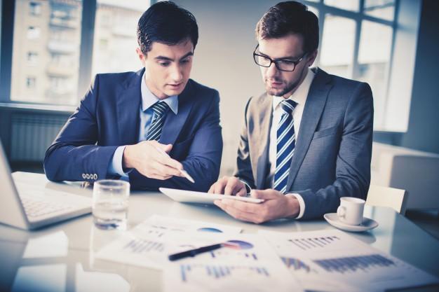 Przedsiębiorca i firma w praktyce obrotu gospodarczego