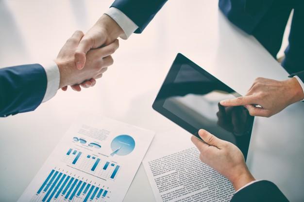 Koncesja i zezwolenie w działalności gospodarczej (firmy)