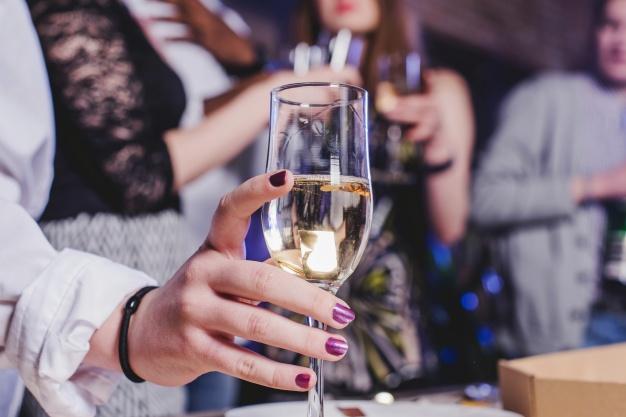 Zezwolenie na sprzedaż, obrót alkoholem i piwem w formie działalności gospodarczej