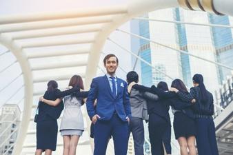 Odszkodowanie od zarządu, rady nadzorczej, komisji rewizyjnej lub likwidatora za szkody wobec spółki