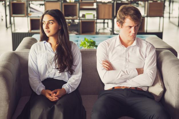 Rozwiązanie umowy o pracę  na czas określony i nieokreślony za wypowiedzeniem