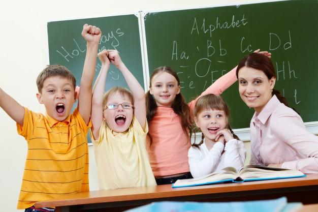Umowa o pracę z nauczycielem kontraktowym i mianowanym w szkole