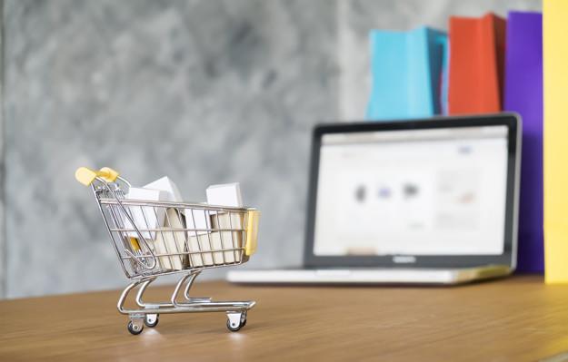 Odstąpienie i rozwiązanie umowy zawartej przez internet