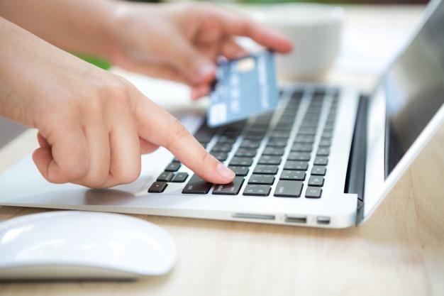 Obowiązki przedsiębiorcy przy sprzedaży przez internet