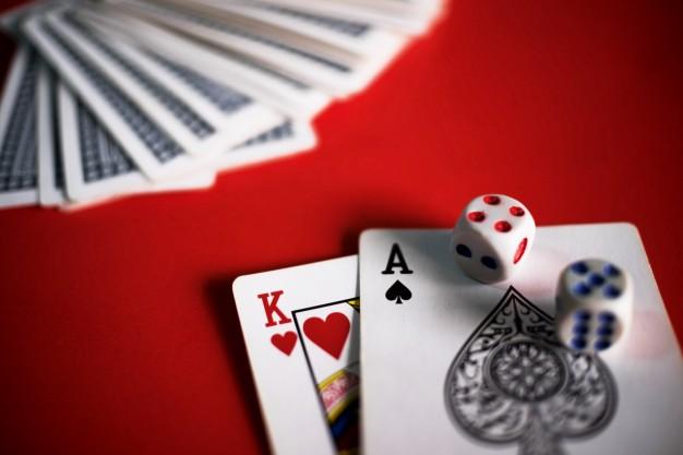 Prowadzenie lub urządzanie wbrew przepisom ustawy,warunkom koncesji lub zezwolenia gier losowych, na automacie czy zakładów wzajemnych