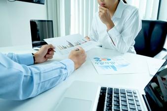 Kontrola spółki z ograniczoną odpowiedzialnością przez wspólnika