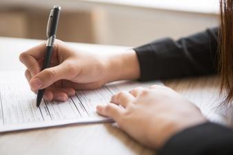 Różnica między umową o pracę, zlecenia a umową o dzieło