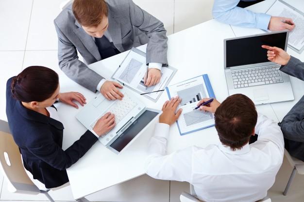 Układ zbiorowy pracy: rokowania, zawarcie, porozumienie, rejestracja, interpretacja, rozwiązanie i wypowiedzenie